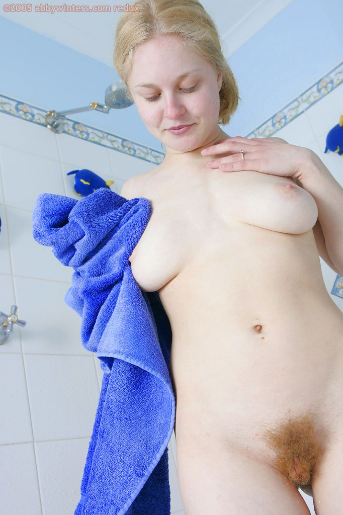Wet and sexy nude girls