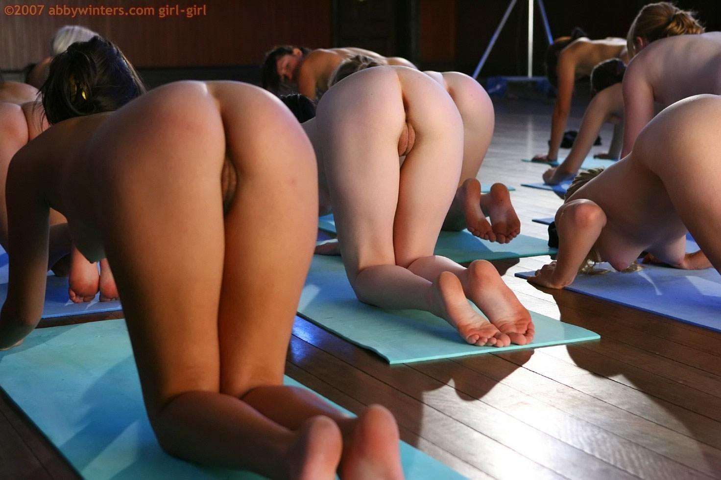 Girls doing yoga porn