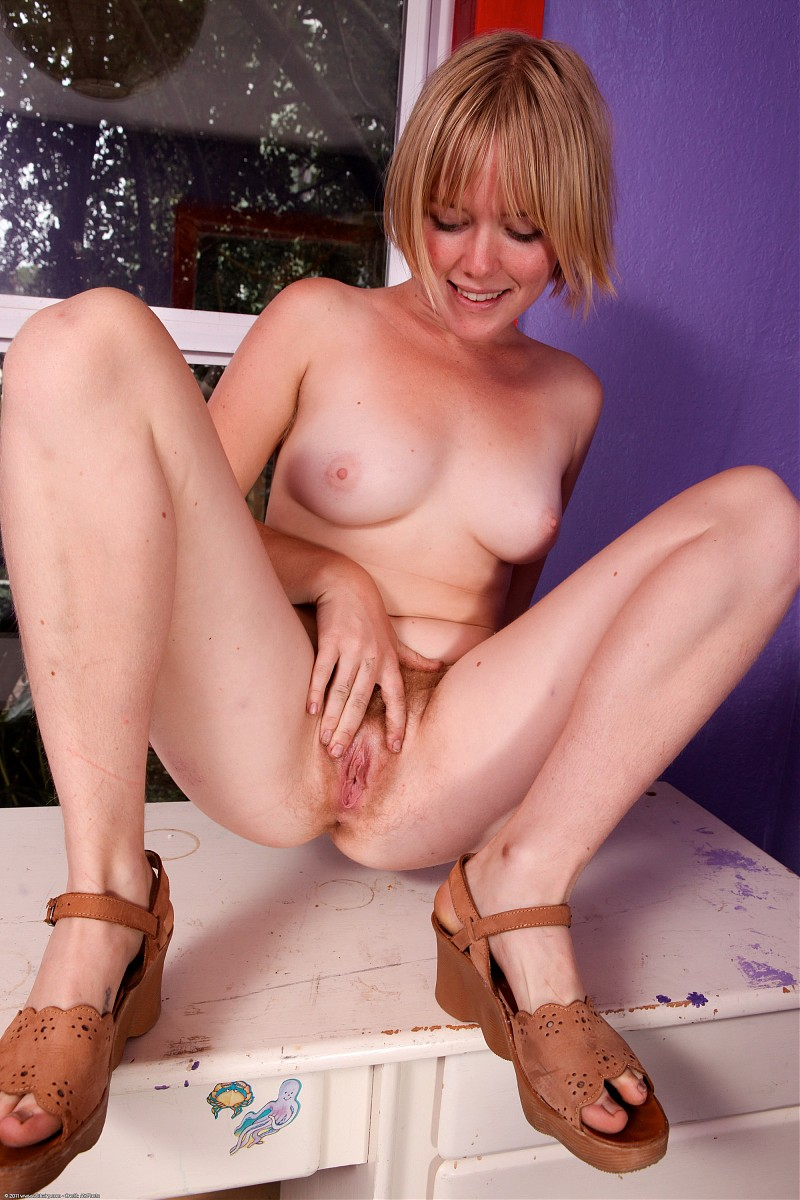 natural bush Amateur blonde