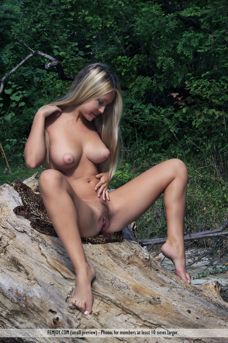 african bush girls nude