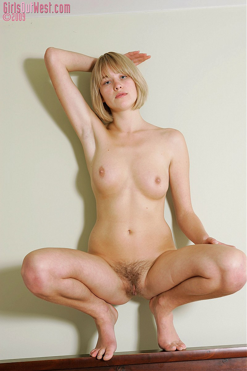 Ready Sexy blonde hairy bush excellent