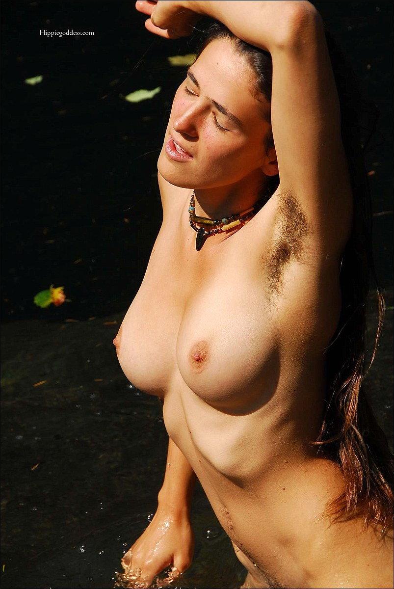 Nude girls with armpit hair